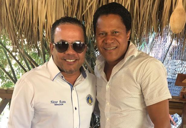 Héctor Acosta Aspirante a Senador por Monseñor Nouel conforma equipo de prensa.