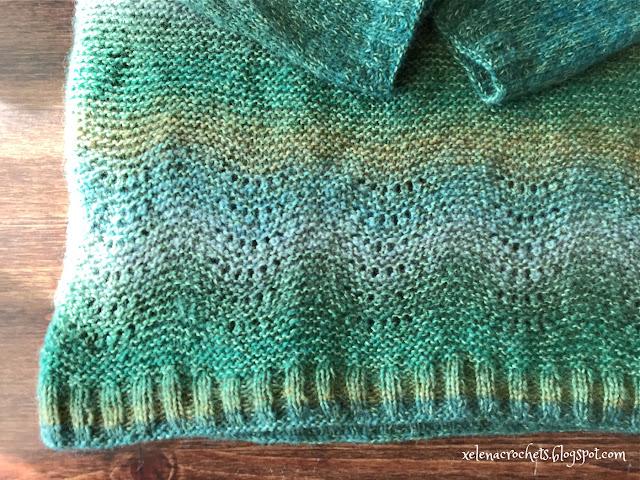 свитер из зеленой дундаги