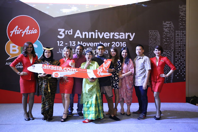 3rd AIRASIA BLOGGERS' COMMUNITY PARTY ATTRACTS BLOGGERS FROM ACROSS ASIA IN SUPPORT OF INDONESIAN TOURISM