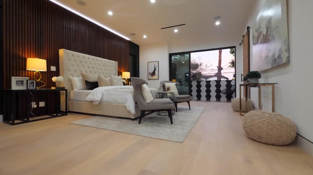 35 Interior Photos vs. 810 N Spaulding Ave, Los Angeles, CA Luxury Contemporary House Tour