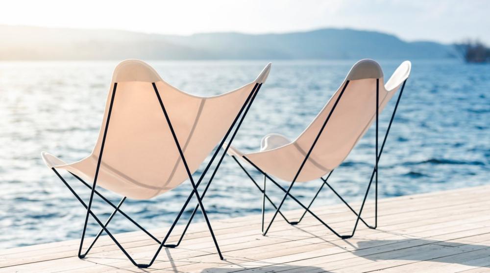 """""""Butterfly Chair"""" von Cuero Design"""