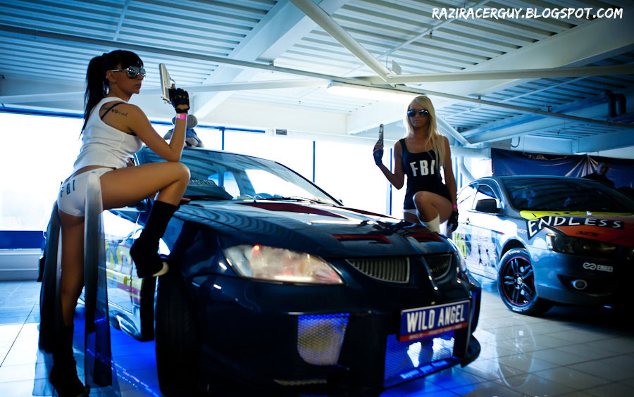 Exotic Hd Car Wallpapers Cars And Girls The Sexy Girls Of 2011 Avtofotobezumie