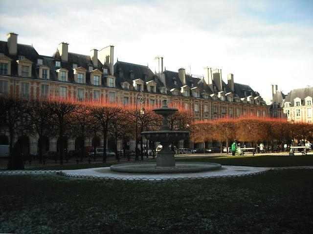 Paris Place des Vosges