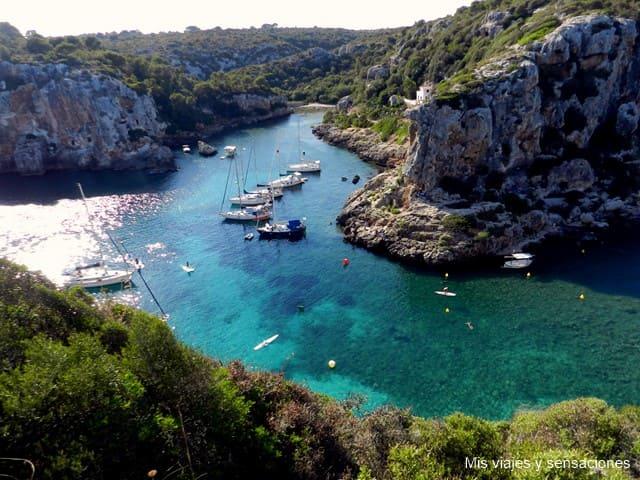 Menorca en coche: 6 lugares para descubrir la magia de la isla