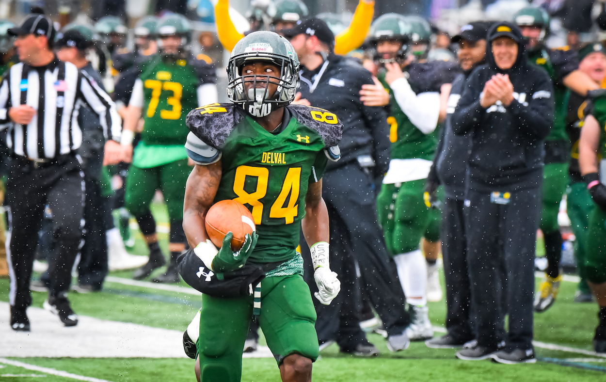 Wesley College Football >> Mac Football News Delaware Valley University Game One