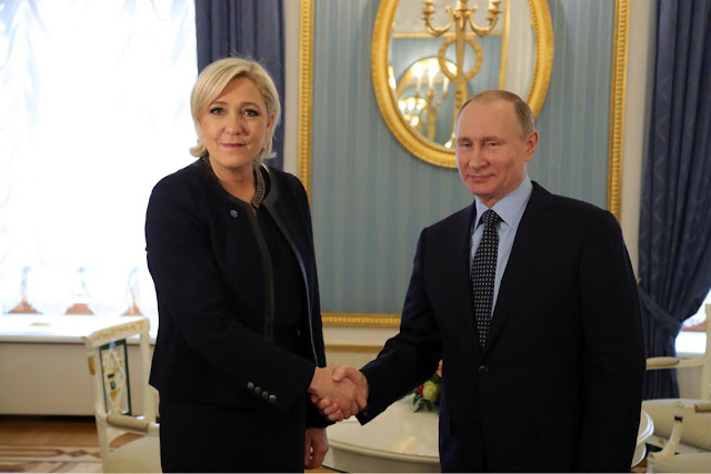 Marine Le Pen on visite à Moscou