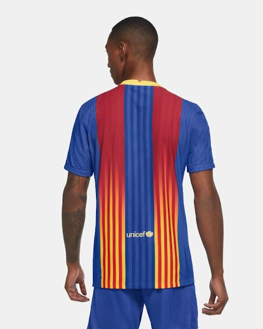 Carles Puyol reveals Barcelona's shirt for El Clásico 2020-2021