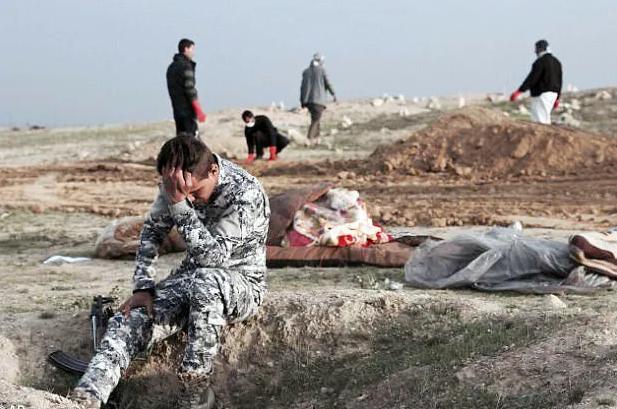 Bukti Kekejian ISIS, Ditemukan 7 Kuburan Massal Mengerikan di Bekas Wilayah Mereka di Suriah