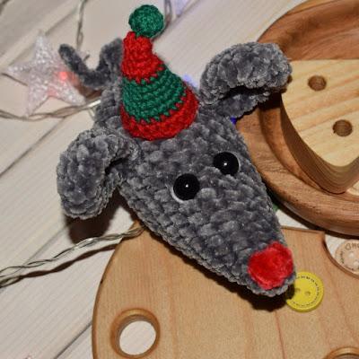 Плюшевый мышонок амигуруми