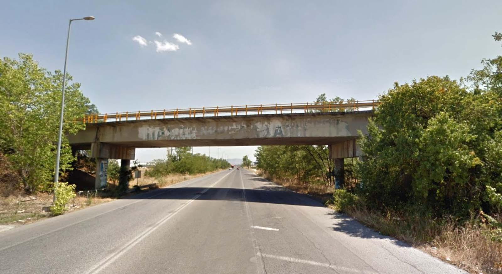 Στο έλεος της φύσης η ΠΕΟ Λάρισας-Αθηνών μετά τον κόμβο Βιοκαρπέτ