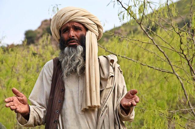Kisah Abu Bakar As-Shiddiq Memeluk Agama Islam