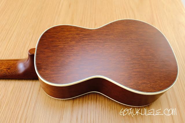 Kiwaya KTS-7 Soprano ukulele back
