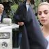 FOTOS: Lady Gaga llegando a la casa de Bradley Cooper en Los Ángeles - 10/12/16