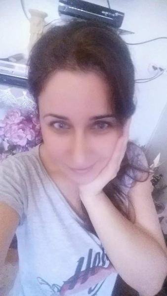 اسمي ناجيحة مطلقة 25 سنة تبحث عن زواج عادي