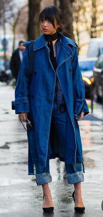 Paris Fashion Week FW 2018 Street Style: Margaret Zhang