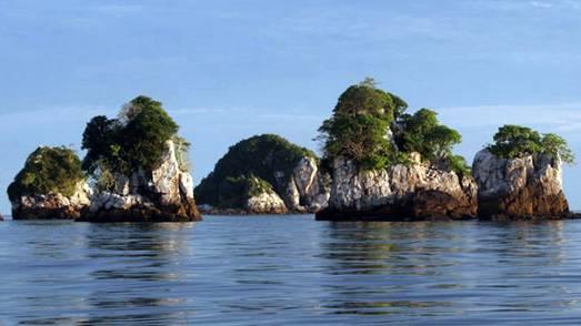 Pesona Wisata Pulau Arwah Di Provinsi Riau