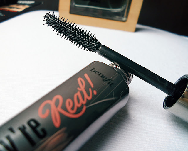 benefit mascara brush
