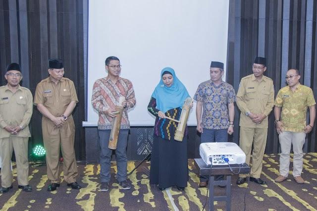 Launching Aplikasi SIM SPAB, Wagub NTB Kagumi Prestasi Anak Muda