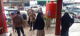 Satbinmas Polres Pelabuhan Makassar Awasi Penerapan Protokol Kesehatan di Pusat Perbelanjaan