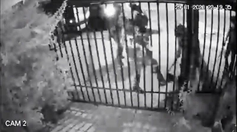 Siete carabineros fueron dados de baja por golpiza en Puente Alto