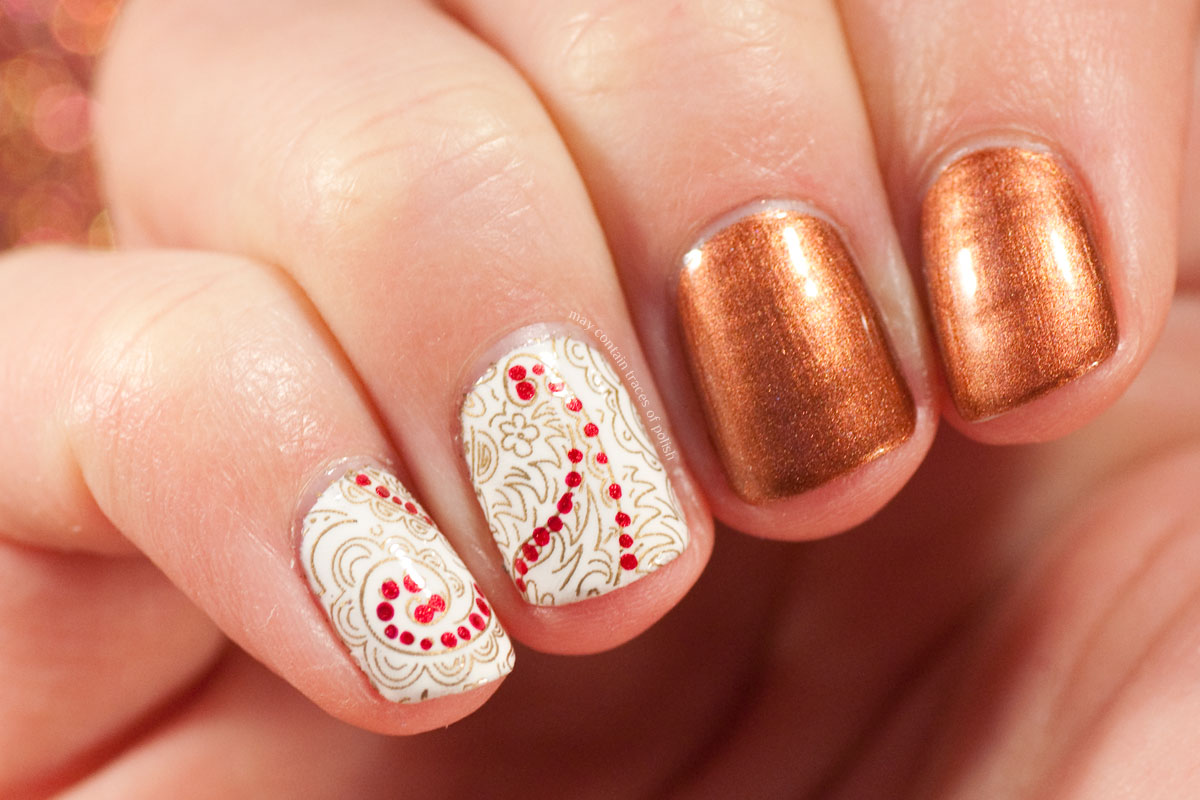Simple Paisley Nail Art
