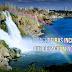 Conheça incríveis cachoeiras que desaguam no mar