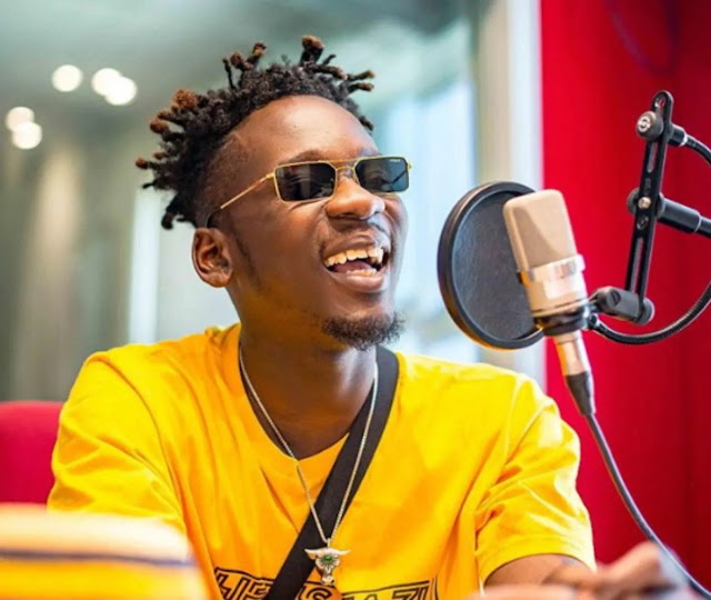 Mr Eazi Blasts Headies Organizers For Not Giving Him Car He Won As 2016 Next Rated Artiste