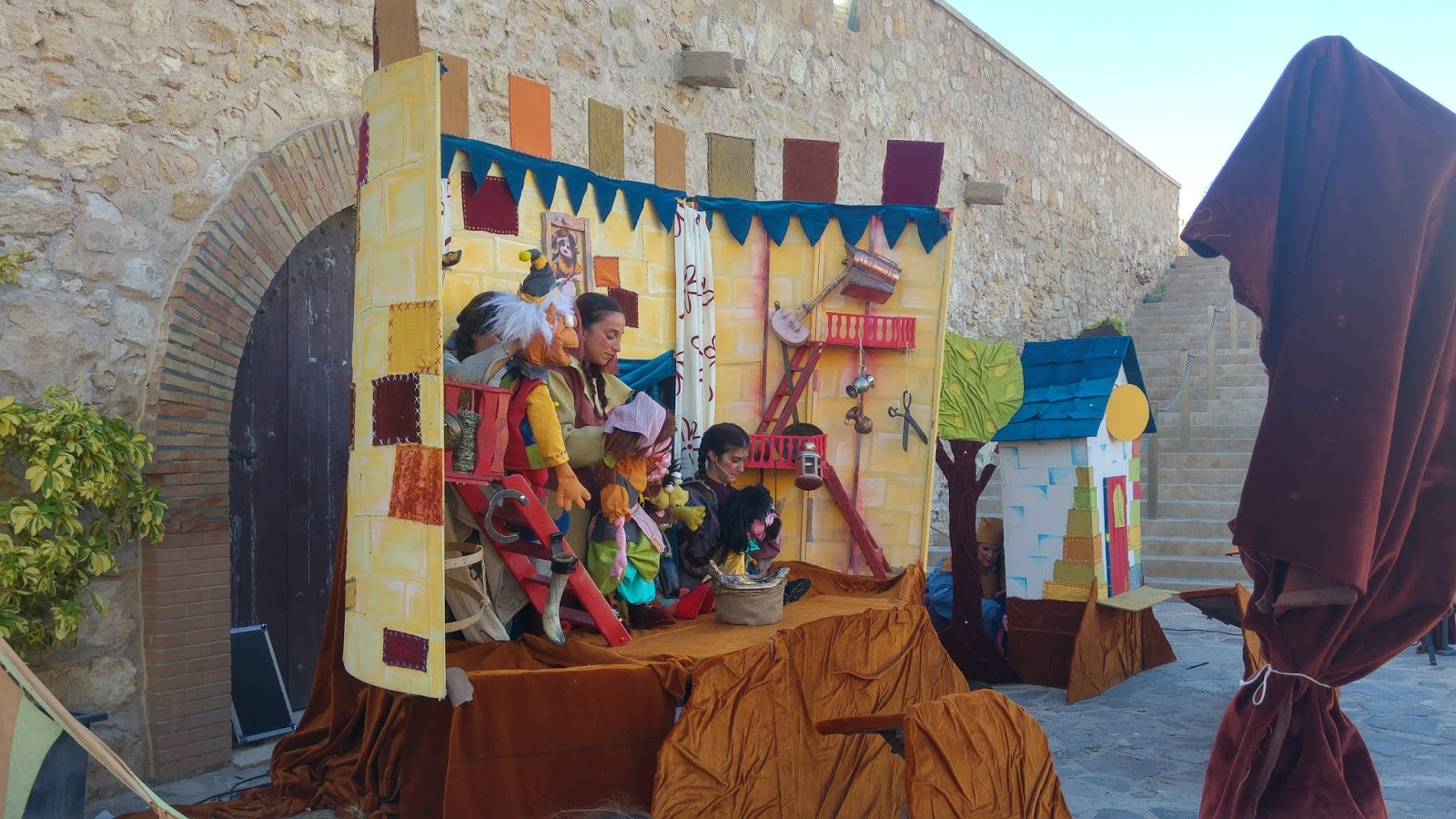 blogger-blog-trimadre-feria-renacentista-Melilla-niños