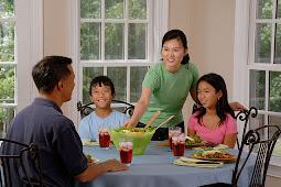 Kembali ke Meja Makan, Ciptakan Keharmonisan Keluarga 4.0