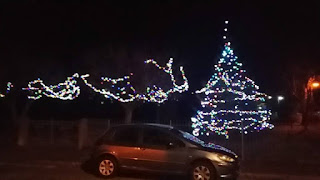 Christmas tree in Askam by Marc Bazeley