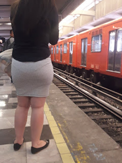 Mujeres sexis captadas metro