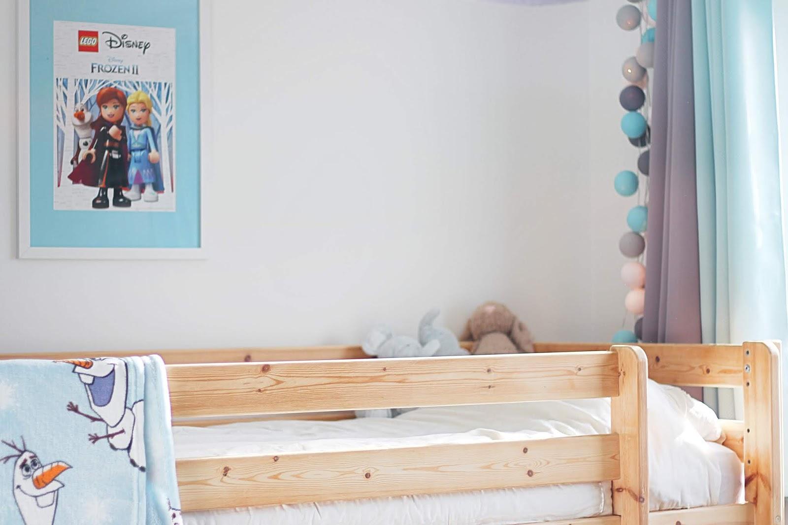 """Golden Wendy - Le Blog: Déco : La chambre """"Reine Des Neiges"""" de"""