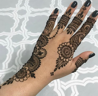 Stylish mehndi designs pictures and photos