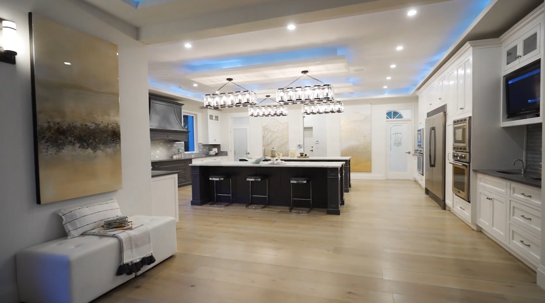 58 Interior Design Photos vs. 13988 34 Ave, Surrey, BC Luxury Mansion Tour