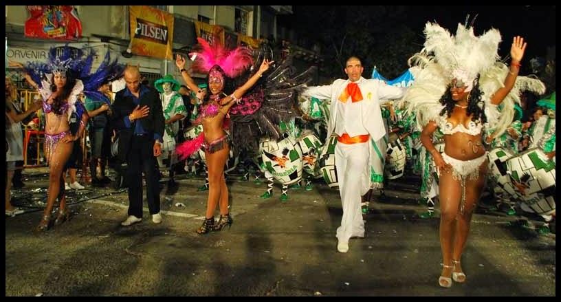 Desfile de Llamadas.Nigeria. Montevideo. 2011