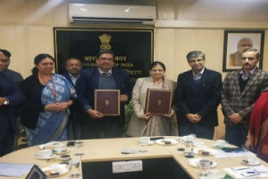 AYUSH Ministry signs MoU with Herbal Industry Bodies