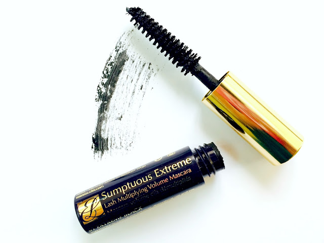 A review on the Estée Lauder Sumptuous Extreme Lash Multiplying Volume Mascara in 01 Extreme Black