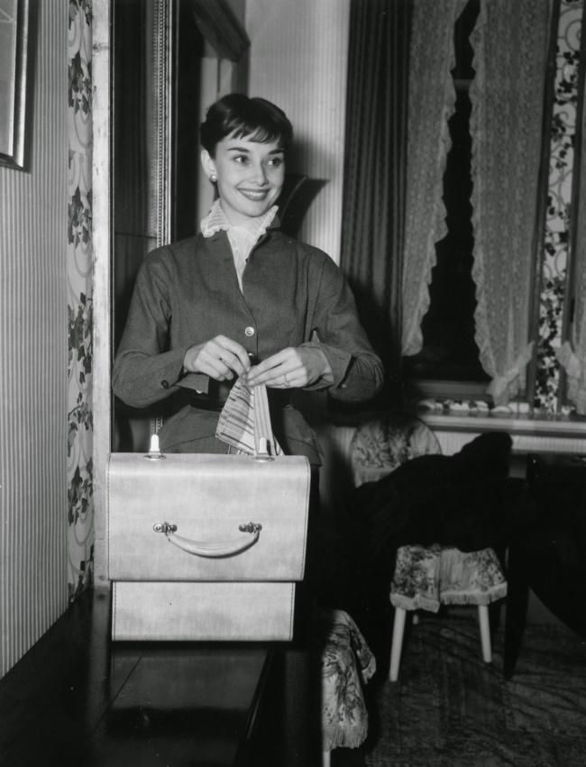 20 rare photos of the inimitable audrey hepburn