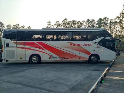 Foto Bus Murni Jaya E221