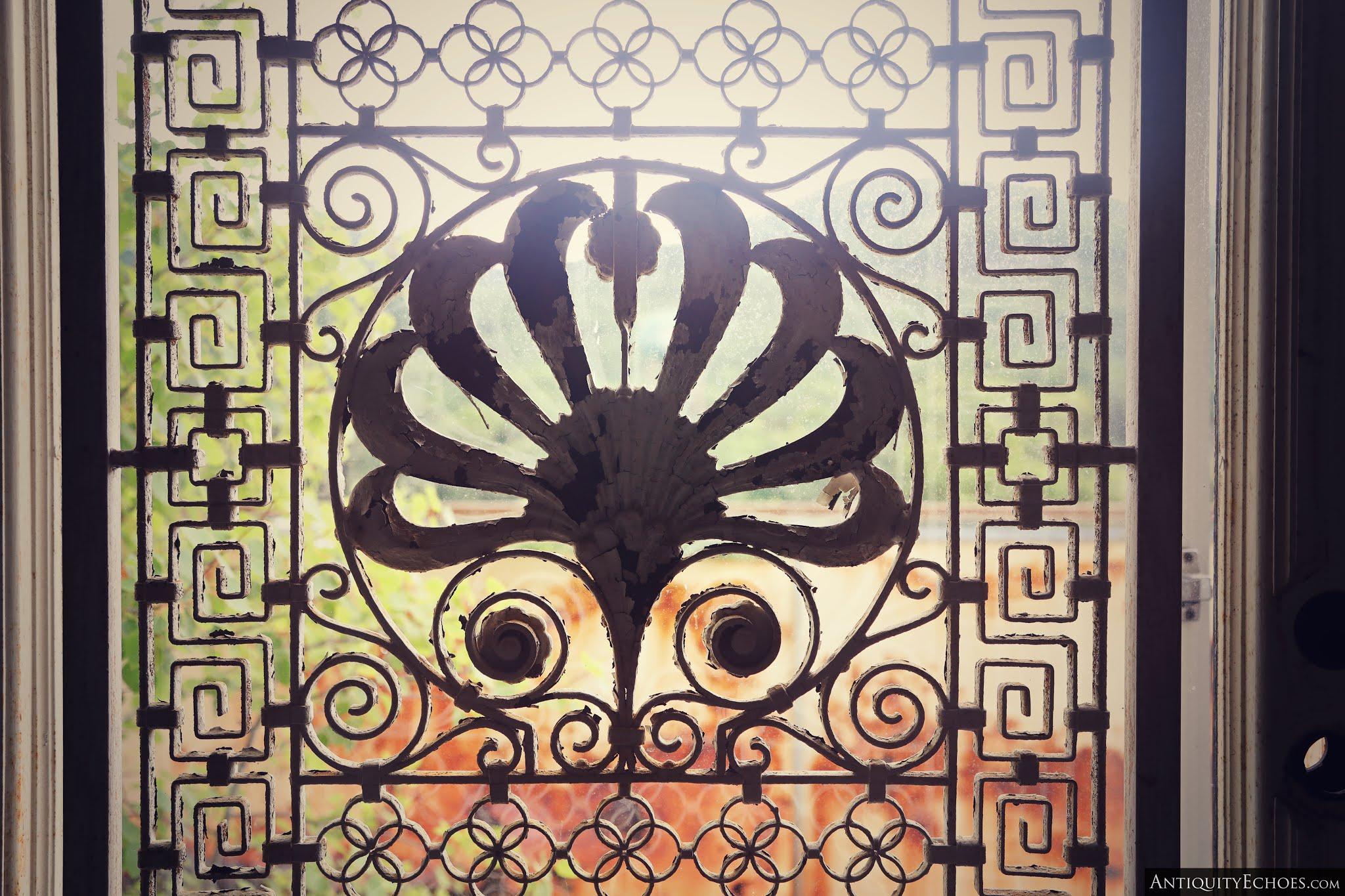 Nevele Grande - Balcony Door Detail