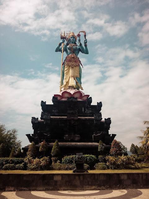 Patung Taman Siwa Gilimanuk Bali