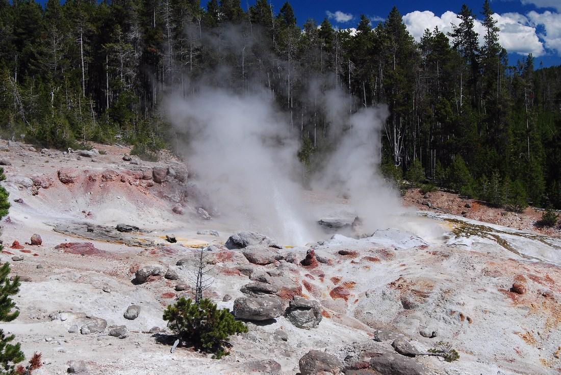 geyser Steamboat