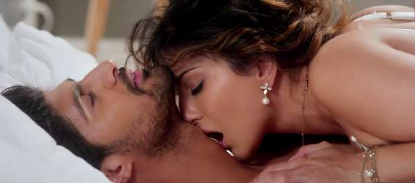Sunny Leone One Night Stand Erotic Kisses Sex Scenes Pics -2946