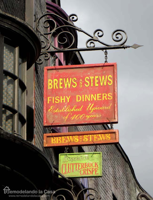 Halloween red sign from Universal - Brews and Stews