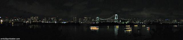 Vista Panorámica Nocturna de la Bahía de Tokio