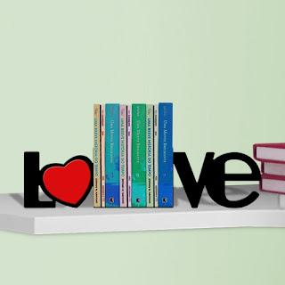 Aparador de Livro - Love com os livros
