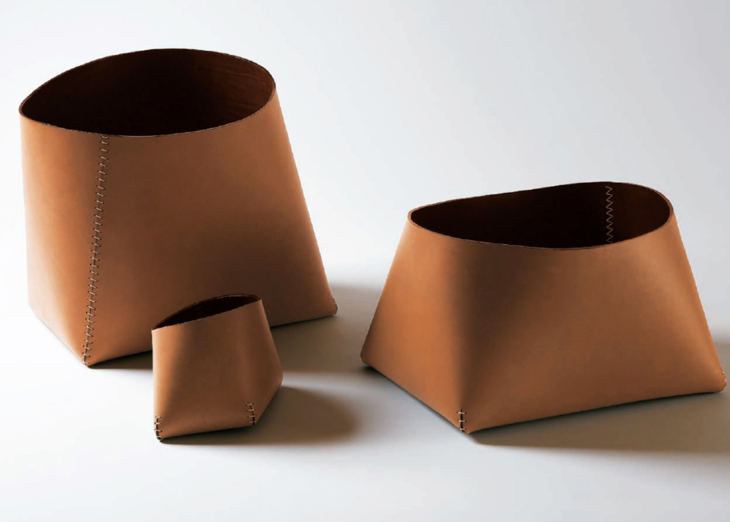 Stylish Home Office Accessories: Blog - EDIT: LEATHER ACCESSORIES FOR A STYLISH