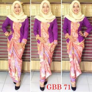baju batik kombinasi polos berjilbab untuk pramugari