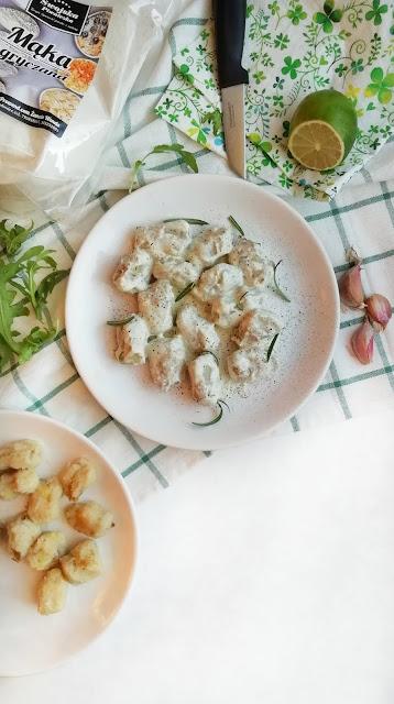 Gnocchi w sosie limonkowo-rozmarynowym