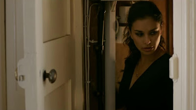 Lisa Ray HD Latest Pic In Dobaara See Your Evil